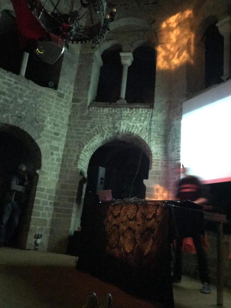 hunter-complex-extrapool-x-valkhof-festival-kapel-nijmegen-july-17-2019-11